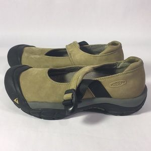 Leaf Green Keen Mary Janes